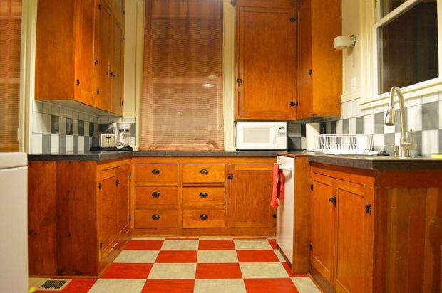 Sleeping in Portland: Irvington Dutch Colonial duplex